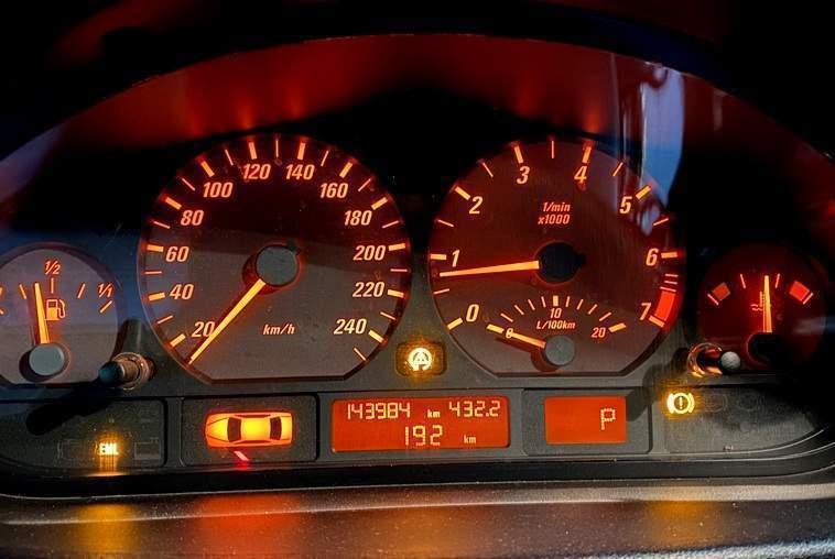 Что делать, если при нагреве двигателя плавают обороты - статья на DDCAR
