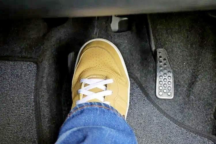 Мягкая педаль тормоза - статья на DDCAR