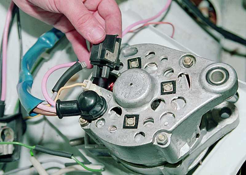 Замена щеток генератора - статья на DDCAR