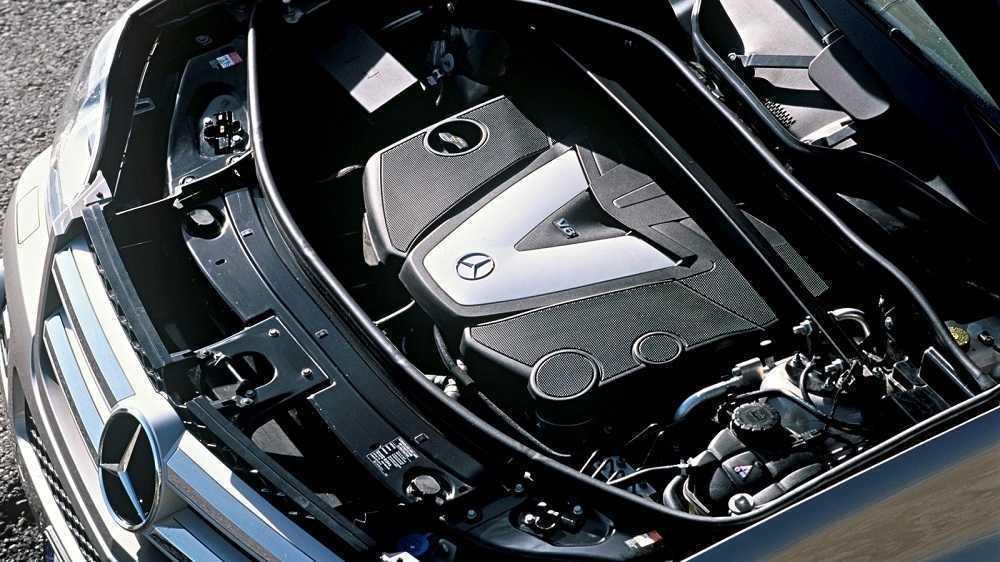Посторонний шум из-под капота Mercedes: о чём говорит? - статья на DDCAR
