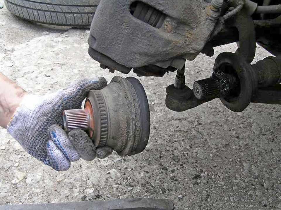 Как поменять ШРУС на Volkswagen Passat  - статья на DDCAR